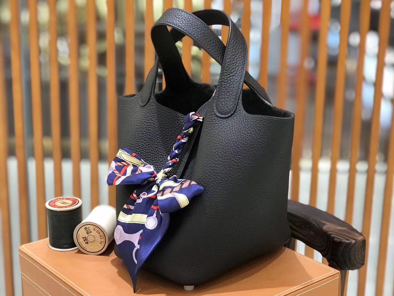 Hermès(爱马仕)新增现货 Picotin 菜篮子 经典黑 全手工蜡线缝制 银扣 18cm