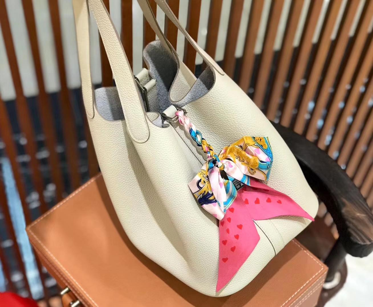 Hermès(爱马仕)新增现货 Picotin 菜篮子 奶昔白 全手工蜡线缝制 银扣 22cm