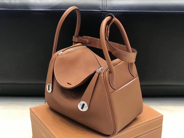 Hermès(爱马仕)Lindy琳迪包 金棕色 德国进口togo牛皮拼鳄鱼皮 蜡线全手工缝制 26cm