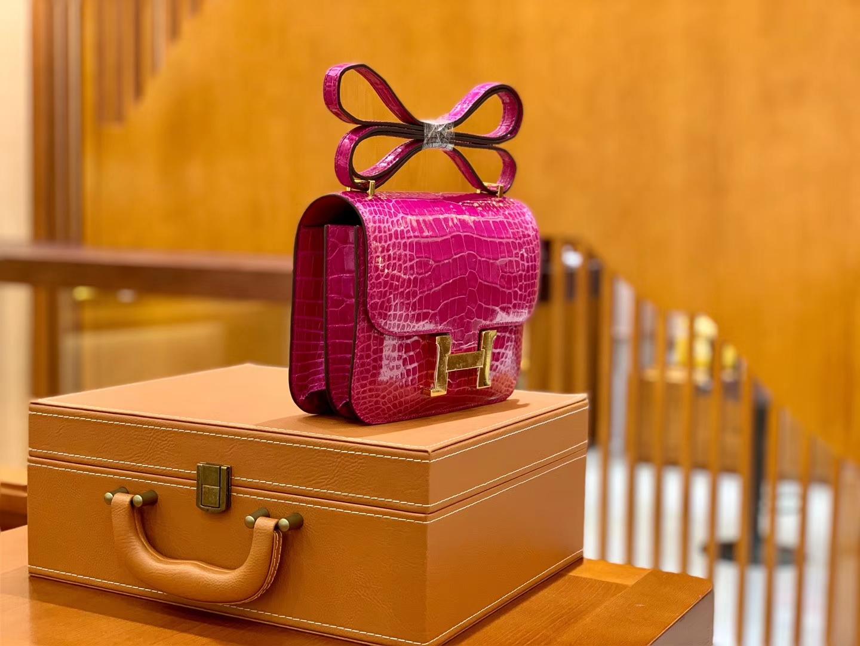 Hermès(爱马仕)Constance 空姐包 玫瑰粉 一级皮 美洲鳄 顶端级别 臻品级别 金扣 18cm