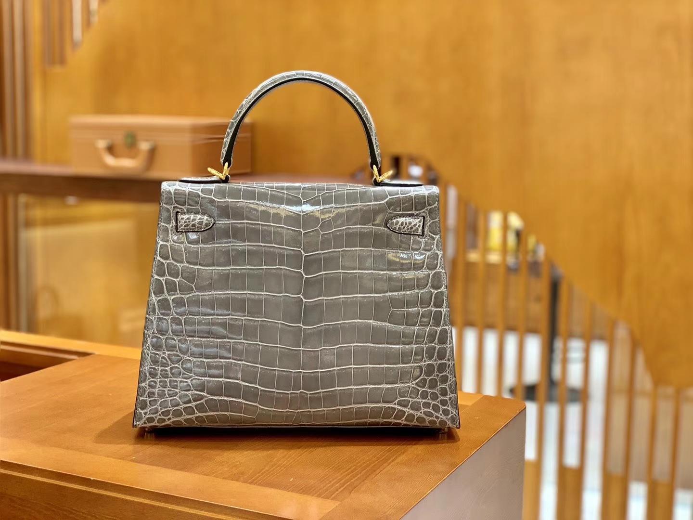 Hermès(爱马仕)Kelly 斑鸠灰 一级皮 尼罗鳄鱼皮 臻品级别 顶级手缝工艺 金扣 28cm