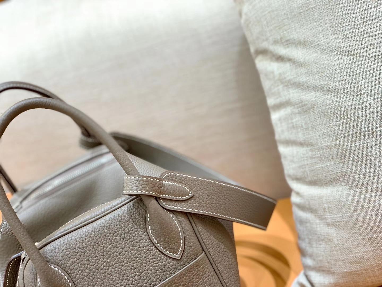 Hermès(爱马仕)Lindy 琳迪包 大象灰 Togo牛皮 进口 原料 蜡线手缝 银扣 30cm