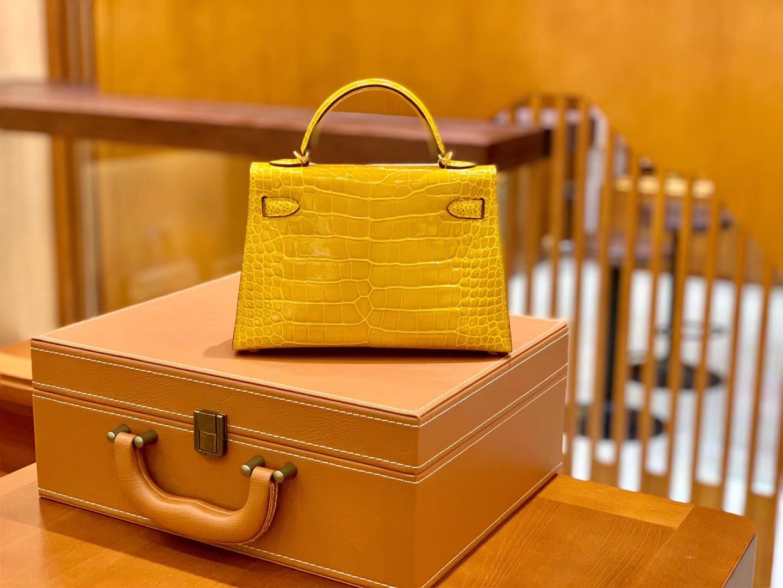 Hermès(爱马仕)Mini Kelly 迷你凯莉 琥珀黄 一级美洲鳄鱼皮 臻品级别 金扣 19cm
