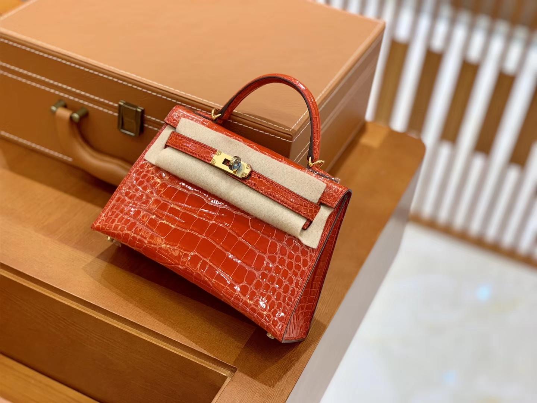 Hermès(爱马仕)Mini Kelly 迷你凯莉 法拉利红 一级美洲鳄鱼皮 臻品级别 金扣 19cm