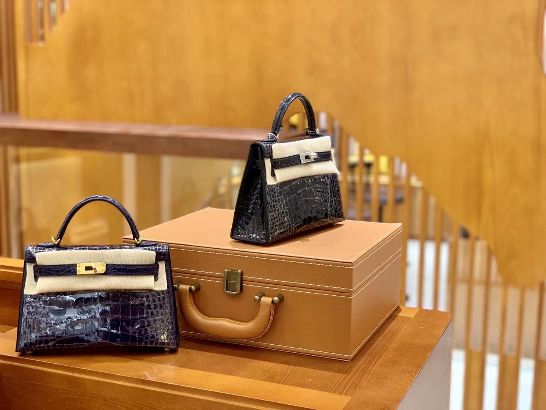 Hermès(爱马仕)Mini Kelly 迷你凯莉 午夜蓝 一级美洲鳄鱼皮 臻品级别 金扣 19cm