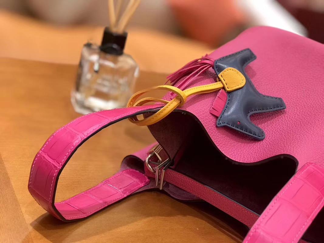 Hermès(爱马仕)Picotin 菜篮包 哑光鳄鱼皮拼TC玉兰粉 银扣 18cm