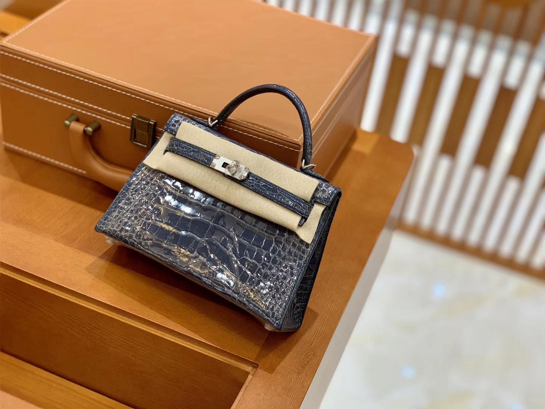Hermès(爱马仕)Mini Kelly 迷你凯莉 风暴蓝 亮面鳄鱼 一级 顶端级别 美洲 臻品级别 金银扣 19cm