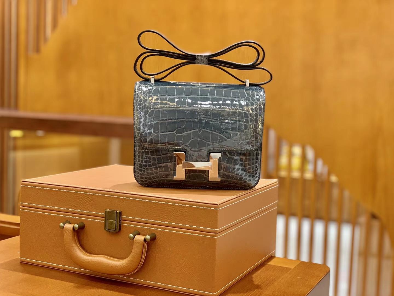 Hermès(爱马仕)Constance 空姐包 风暴蓝 一级皮 美洲鳄 顶端级别 臻品级别 银扣 18cm