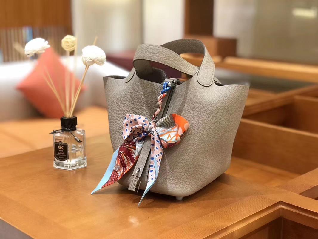 Hermès(爱马仕)Picotin 菜篮包 斑鸠灰 TC大牛皮 银扣 18cm