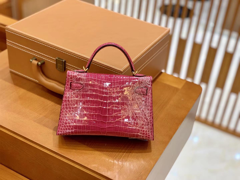 Hermès(爱马仕)Mini Kelly 迷你凯莉 桃红 一级美洲鳄鱼皮 臻品级别 金扣 19cm