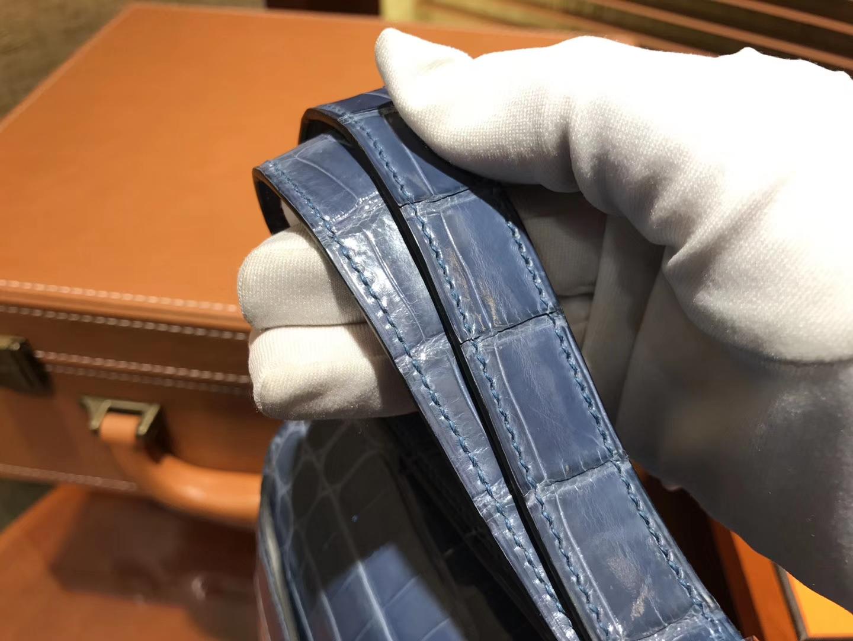 Hermès(爱马仕)Constance 空姐包 牛仔蓝 一级鳄鱼皮 尼罗鳄 原版蜜蜡线 银扣 23cm