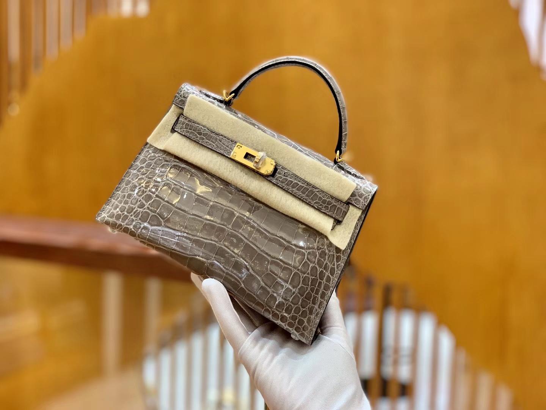 Hermès(爱马仕)Mini Kelly 迷你凯莉 斑鸠灰 亮面鳄鱼 一级 顶端级别 美洲 臻品级别 金扣 19cm