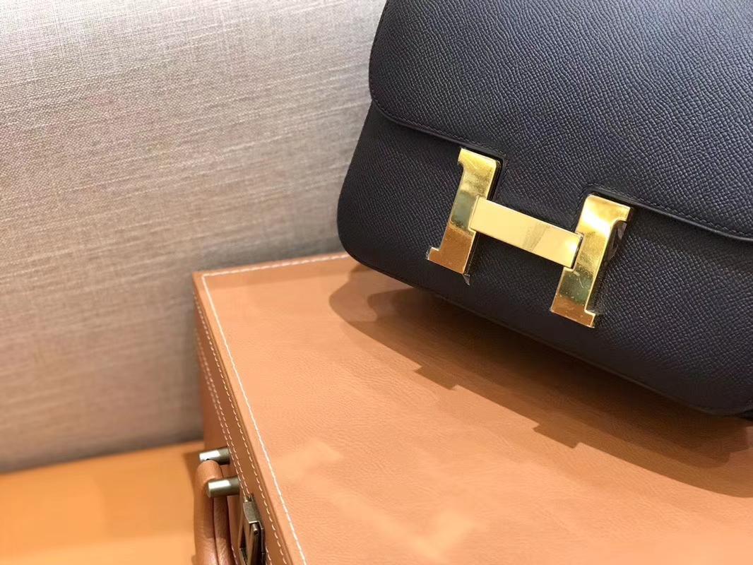 Hermès(爱马仕)Constance 空姐包 经典黑 Epsom掌纹小牛皮 臻品级别 金扣 23cm
