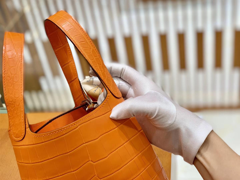 Hermès(爱马仕)Piction 菜篮包 经典橙 一级尼罗鳄鱼皮 雾面 手缝蜡线 银扣 18cm
