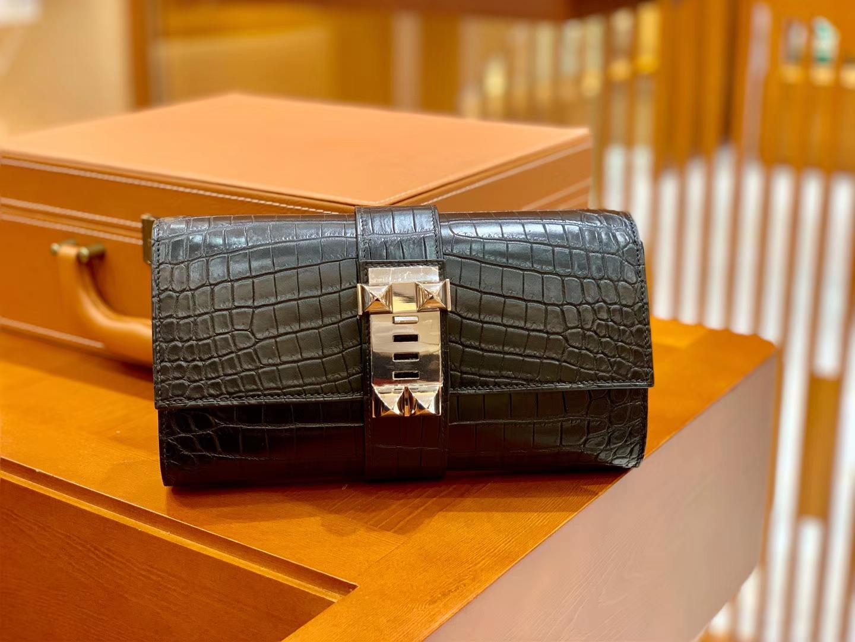 Hermès(爱马仕)CDC 手拿包 23cm 经典黑银 一级尼罗鳄鱼皮 雾面 手缝蜡线