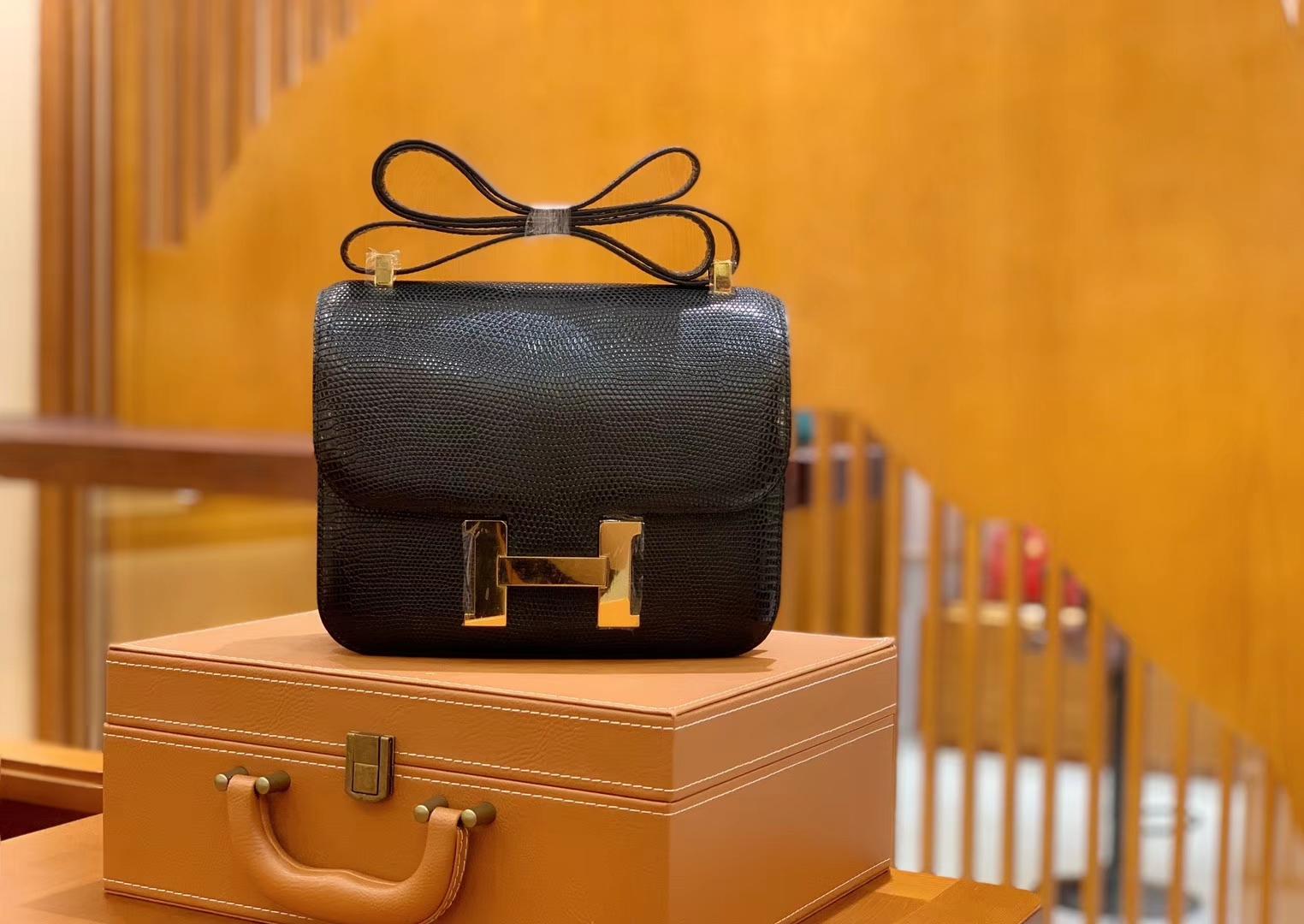Hermès(爱马仕)Constance 空姐包 经典黑 野生蜥蜴皮 全手工缝制 23cm 金扣 现货