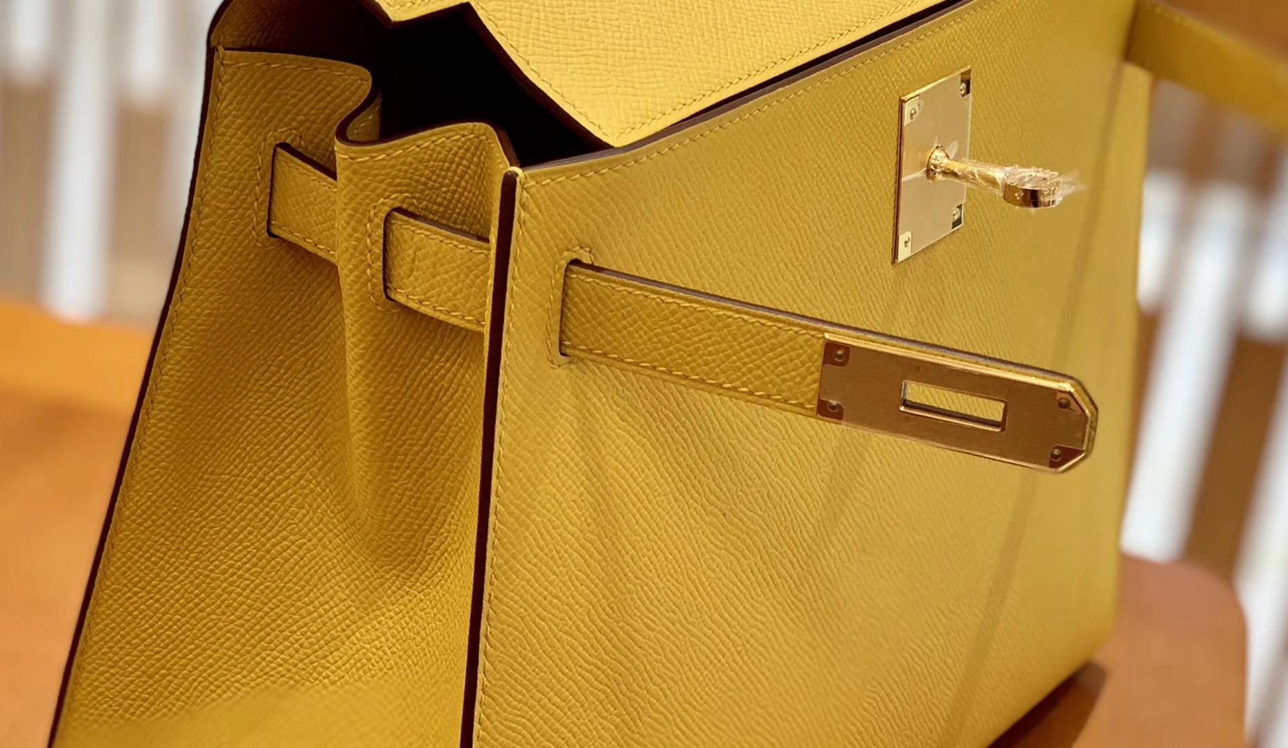 Hermès(爱马仕)Kelly 28cm 琥珀黄 金扣 掌纹牛皮 全手工缝制 现货