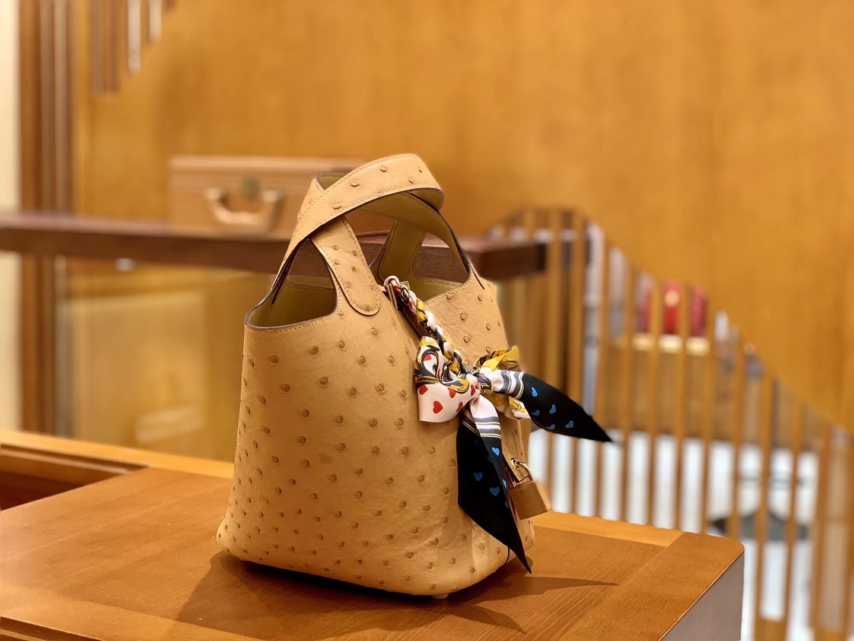 Hermès(爱马仕)Piction 18cm 太妃金 金扣 鸵鸟皮 全手工缝制 现货