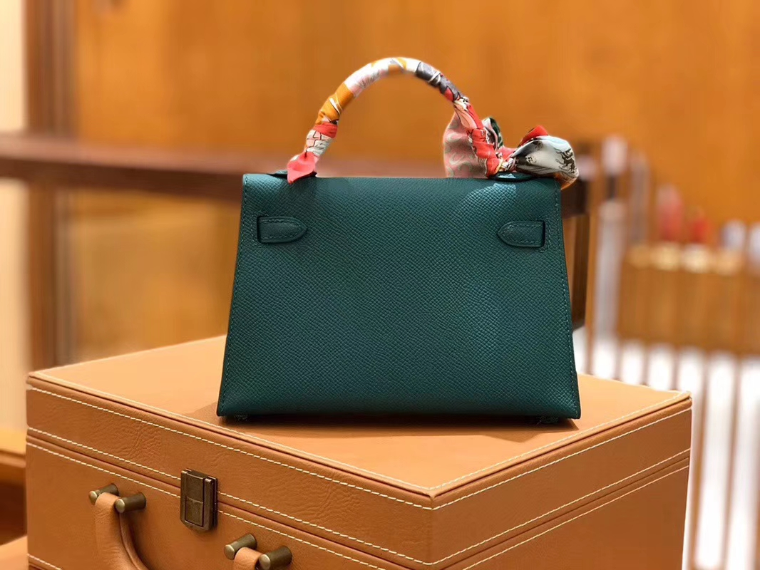 Hermès(爱马仕)Mini kelly 迷你凯莉 孔雀绿 掌纹小牛皮 全手工缝制 臻品级别 金扣 19cm 现货