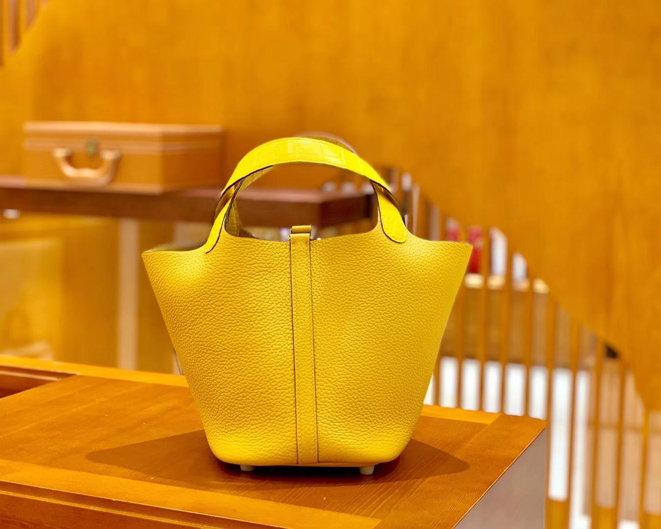 Hermès(爱马仕)Piction 18cm & 迷你2代19cm 鳄鱼皮 琥珀黄9D 火热不减