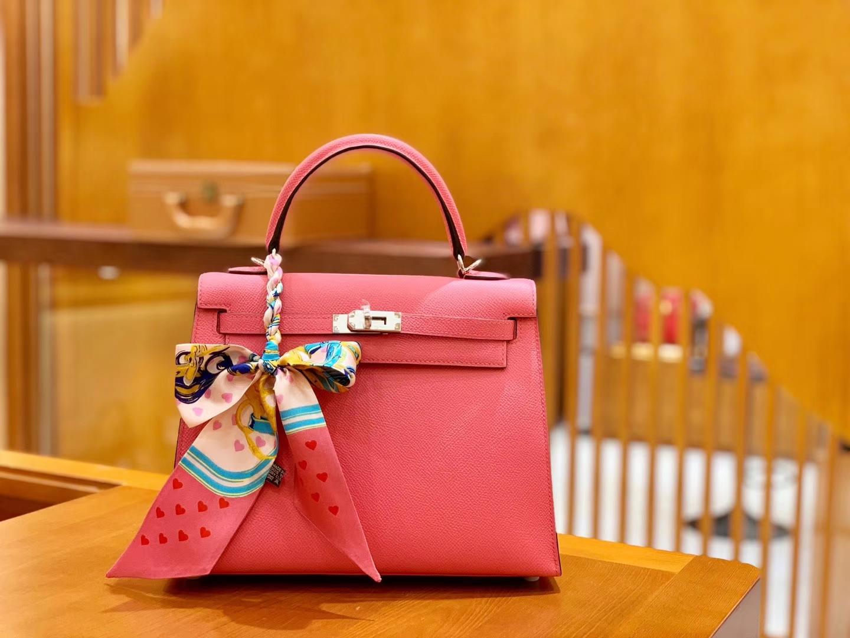 Hermès(爱马仕)Kelly 凯莉包 唇膏粉 掌纹牛皮 进口原料 臻品级别 银扣 25cm 现货
