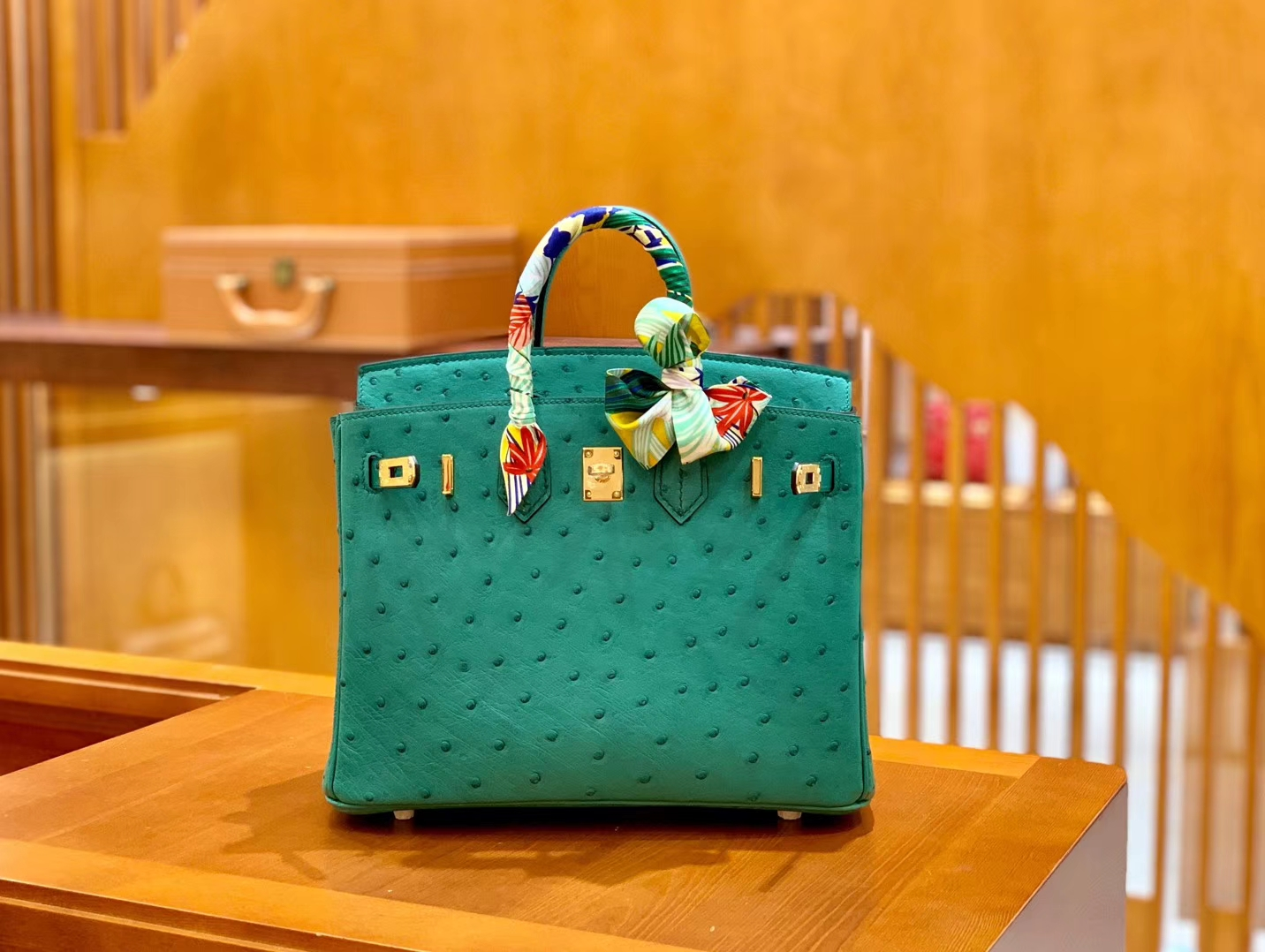 Hermès(爱马仕)Birkin 25cm 湖水绿 金扣 南非KK鸵鸟皮 全手工缝制