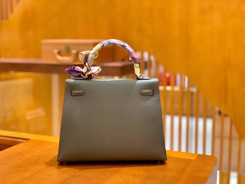 Hermès(爱马仕)Kelly 凯莉包 锡器灰 掌纹牛皮 进口原料 臻品级别 银扣 25cm 现货
