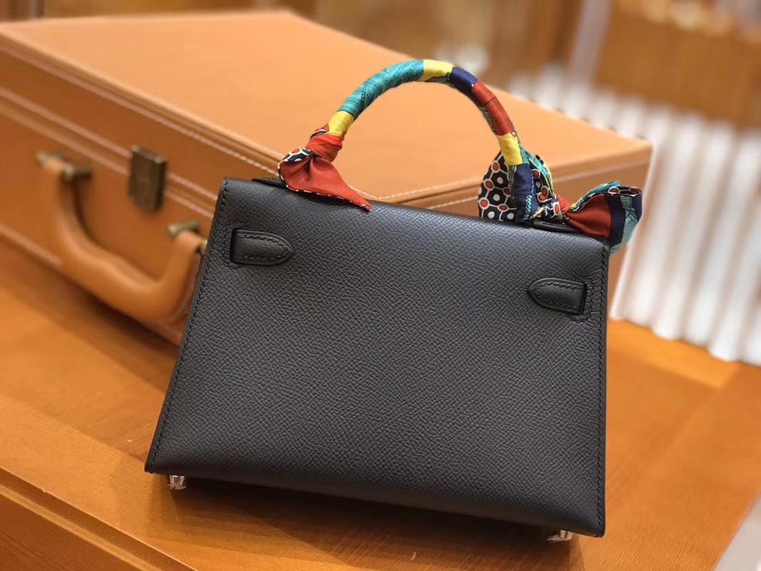 Hermès(爱马仕)Mini kelly 迷你凯莉 黑色 掌纹小牛皮 全手工缝制 臻品级别 银扣 19cm 现货