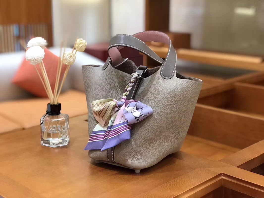 Hermès(爱马仕)Picotin 菜篮包 swift大象灰Q粉拼TC斑鸠灰 18cm