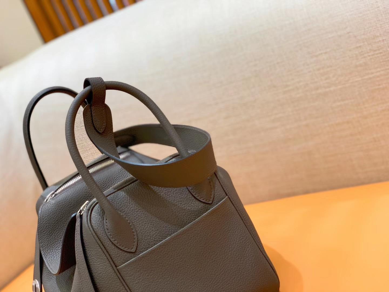 Hermès(爱马仕)Lindy 琳迪包 锡器灰 Togo进口牛皮 全手工缝制 银扣 30cm 现货