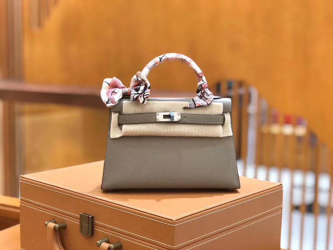Hermès(爱马仕)Mini kelly 迷你凯莉 沥青灰 掌纹小牛皮 全手工缝制 臻品级别 银扣 19cm 现货