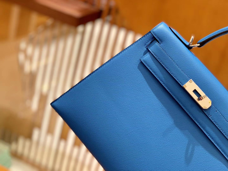 Hermès(爱马仕)Kelly 凯莉包 坦桑尼亚蓝 掌纹牛皮德国进口原料 全手缝制 金扣 28cm 现货