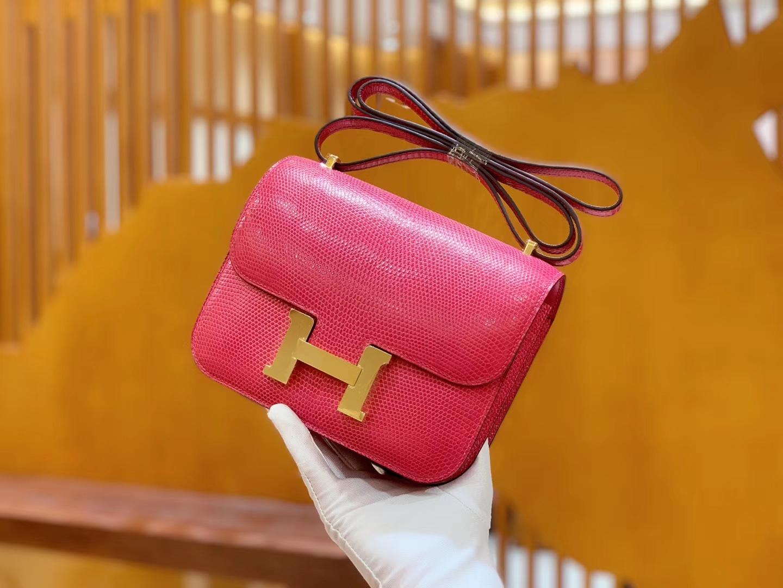 Hermès(爱马仕)Constance 空姐包 桃红色 极致粉 野生蜥蜴皮 全手工缝制 18cm 金扣 现货