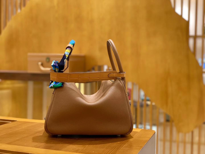 Hermès(爱马仕)Lindy 26cm 焦糖 银扣 鳄鱼皮拼togo 全手工缝制