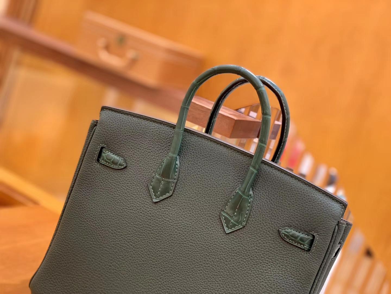 Hermès(爱马仕)Birkin 铂金包 松林绿 Touch 牛皮拼鳄鱼皮 金扣 25cm