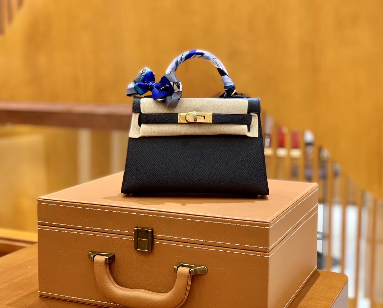 Hermès(爱马仕)MiniKelly 迷你凯莉 掌纹牛皮 午夜蓝 2代 19cm