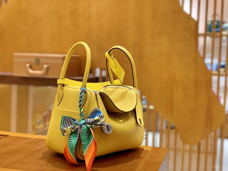 Hermès(爱马仕)Lindy 26cm 那不勒斯黄 银扣 鳄鱼皮拼togo 全手工缝制