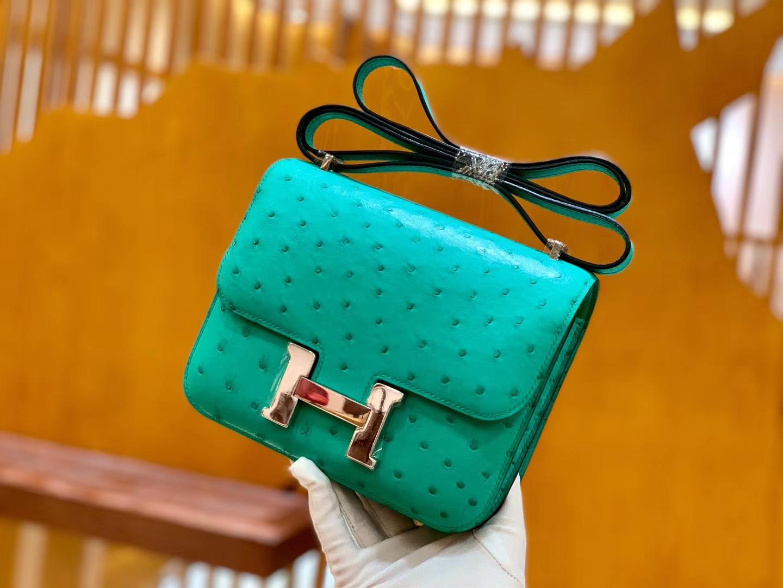 Hermès(爱马仕)Constance 18cm 湖水绿 银扣 南非进口KK鸵鸟 全手工缝制