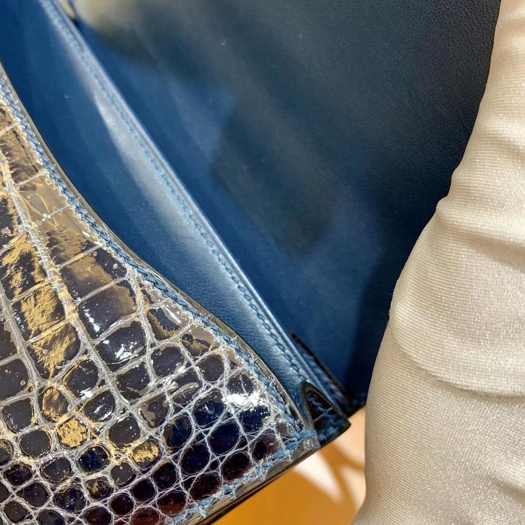 Hermès(爱马仕)新增现货 Constance 康斯坦 美洲鳄鱼皮 海洋蓝 纹路极美 18cm