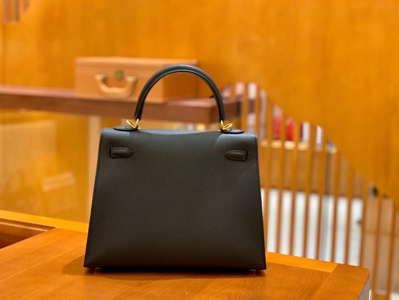 Hermès(爱马仕)Kelly 28cm 经典黑 金扣 Epsom 掌纹进口小牛皮 全手工缝制
