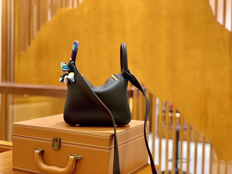 Hermès(爱马仕)Mini Lindy 18cm 经典黑 金扣 德国进口Togo牛皮 全手工缝制