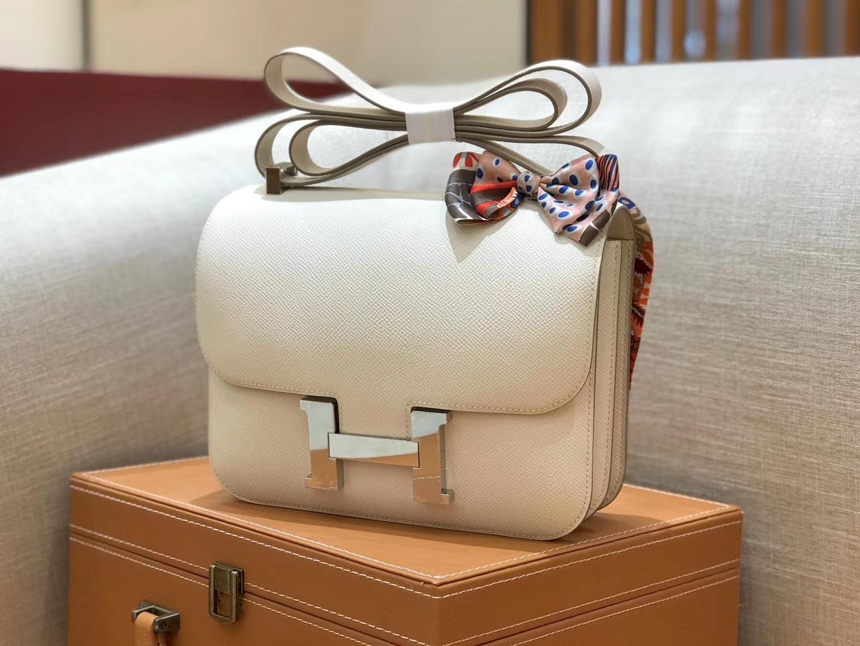 Hermès(爱马仕)康斯坦 Constance 空姐包 奶昔白 德国进口牛皮 全手工缝制 银扣 24cm