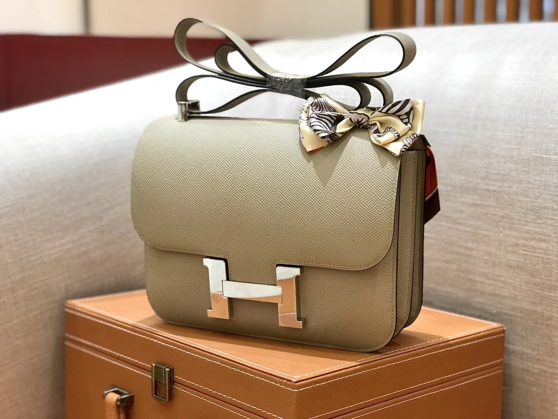 Hermès(爱马仕)康斯坦 Constance 空姐包 风衣灰 德国进口牛皮 全手工缝制 银扣 24cm
