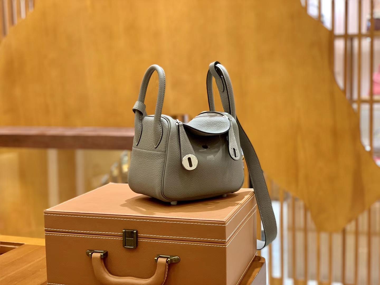 Hermès(爱马仕)Mini Lindy 18cm 沥青灰 银扣 Togo 小牛皮 全手工缝制