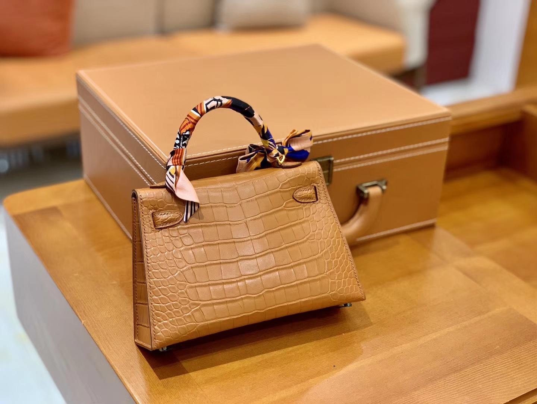 Hermès(爱马仕)Mini Kelly 19cm 金棕色 金扣 一级 美洲 鳄鱼皮 臻品级别