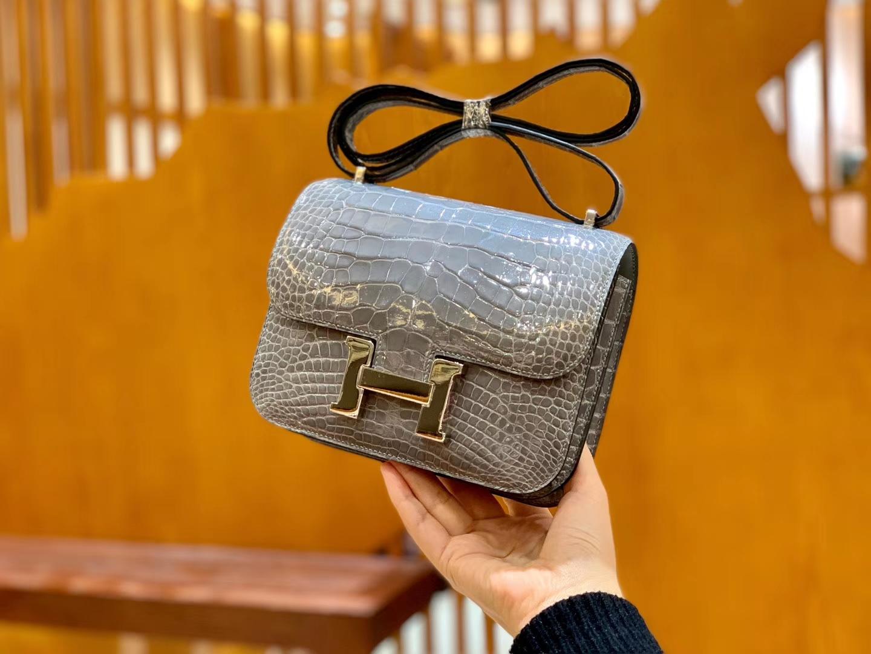Hermès(爱马仕)Constance 18cm 巴黎灰 银扣 美洲亮面 鳄鱼皮 全手工缝制