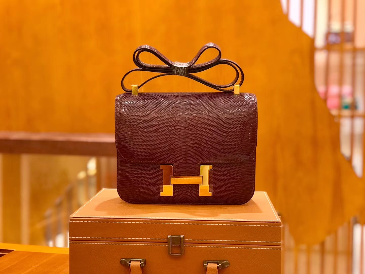 Hermès(爱马仕)Constance 空姐包 蜥蜴皮 酒红色 18cm