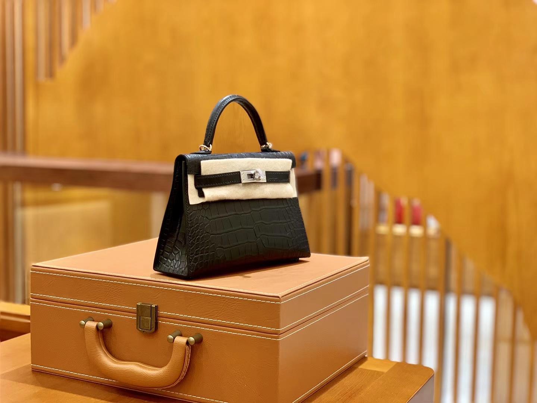 Hermès(爱马仕)迷你2代 19cm 黑银 美洲雾面鳄鱼皮 珍贵方块印