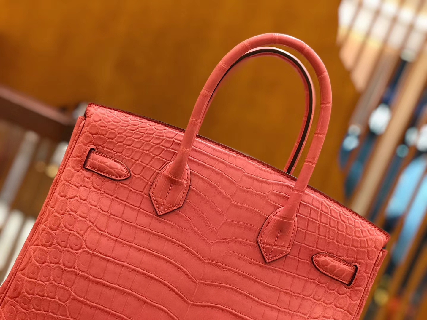 Hermès(爱马仕)Birkin 铂金包 尼罗鳄鱼皮 唇膏粉 30cm