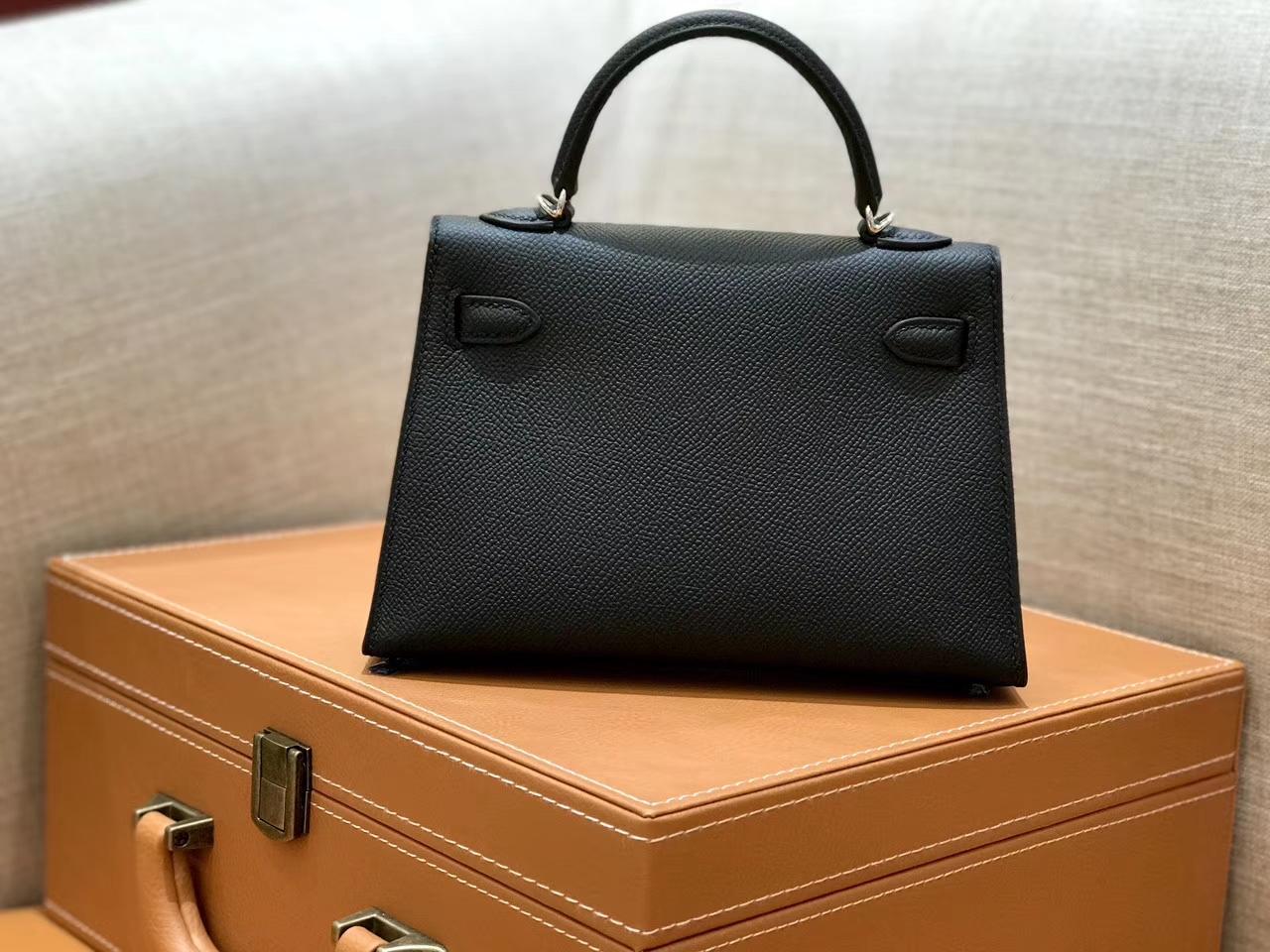 Hermès(爱马仕)mini Kelly 经典黑 银扣 德国进口掌纹皮 全手工缝制